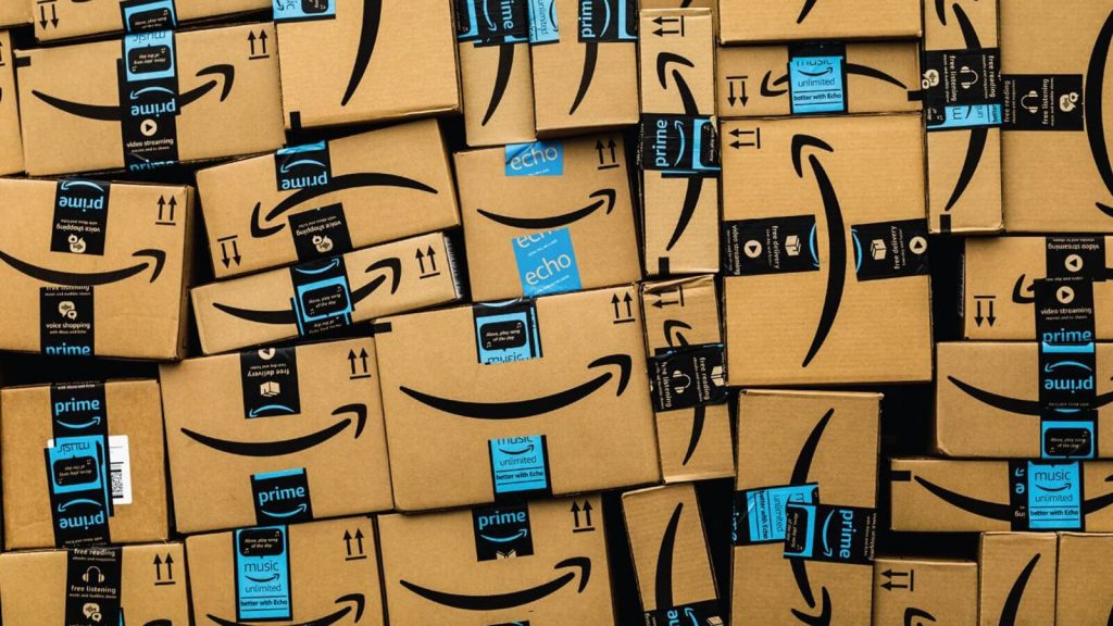 Analysts predict the following Amazon earnings