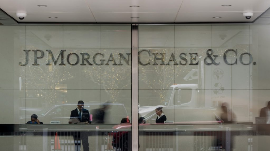 JPMorgan has an overweight rating on twitter Stock